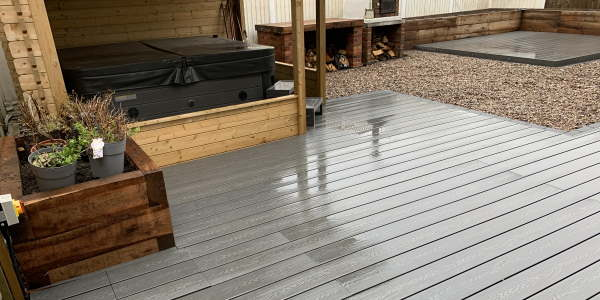 Dervy Decking Company eaxmple of Garden Decking service