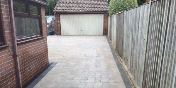 Driveway Designs and Pavers Derby