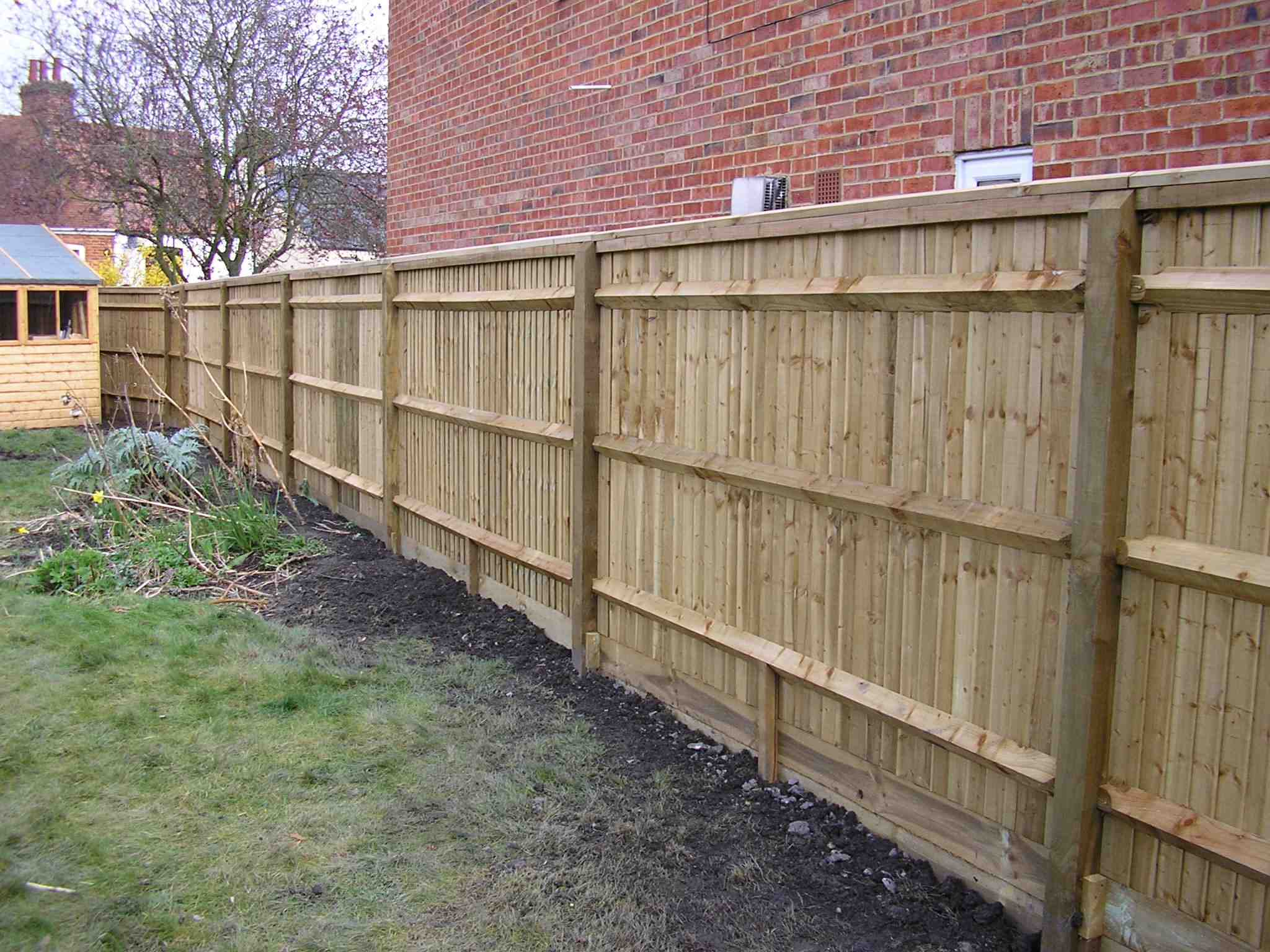 Portfolio eamples of our new fencing and gates company service in Derby 13