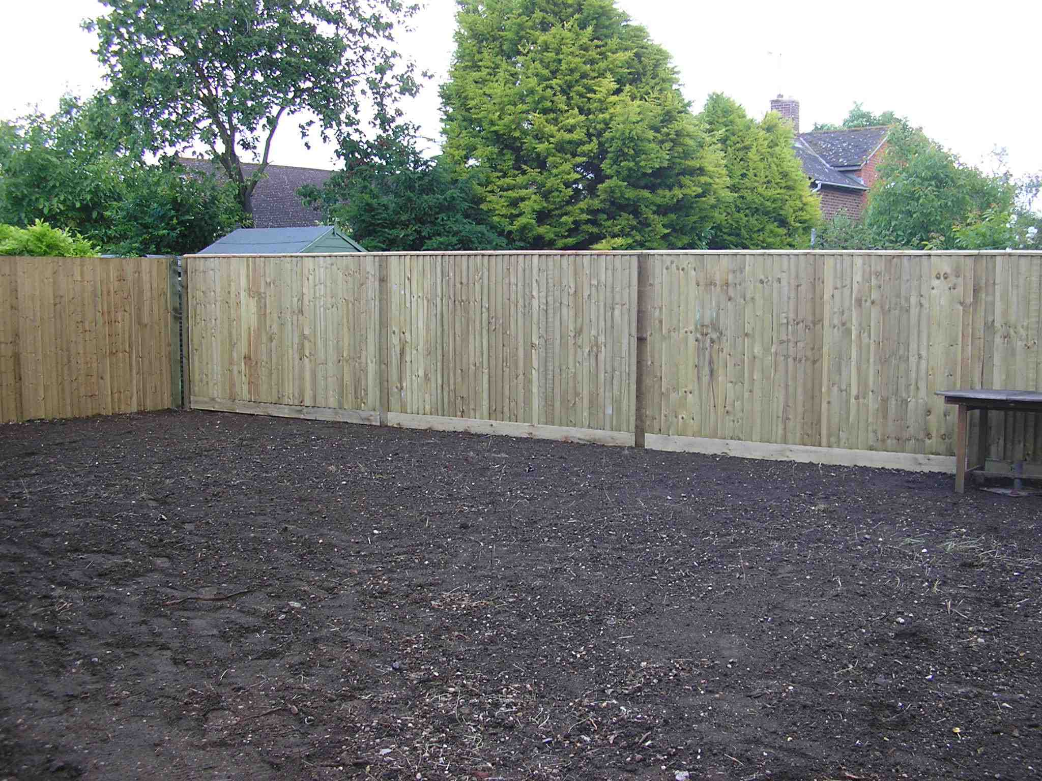 Portfolio eamples of our new fencing and gates company service in Derby 14