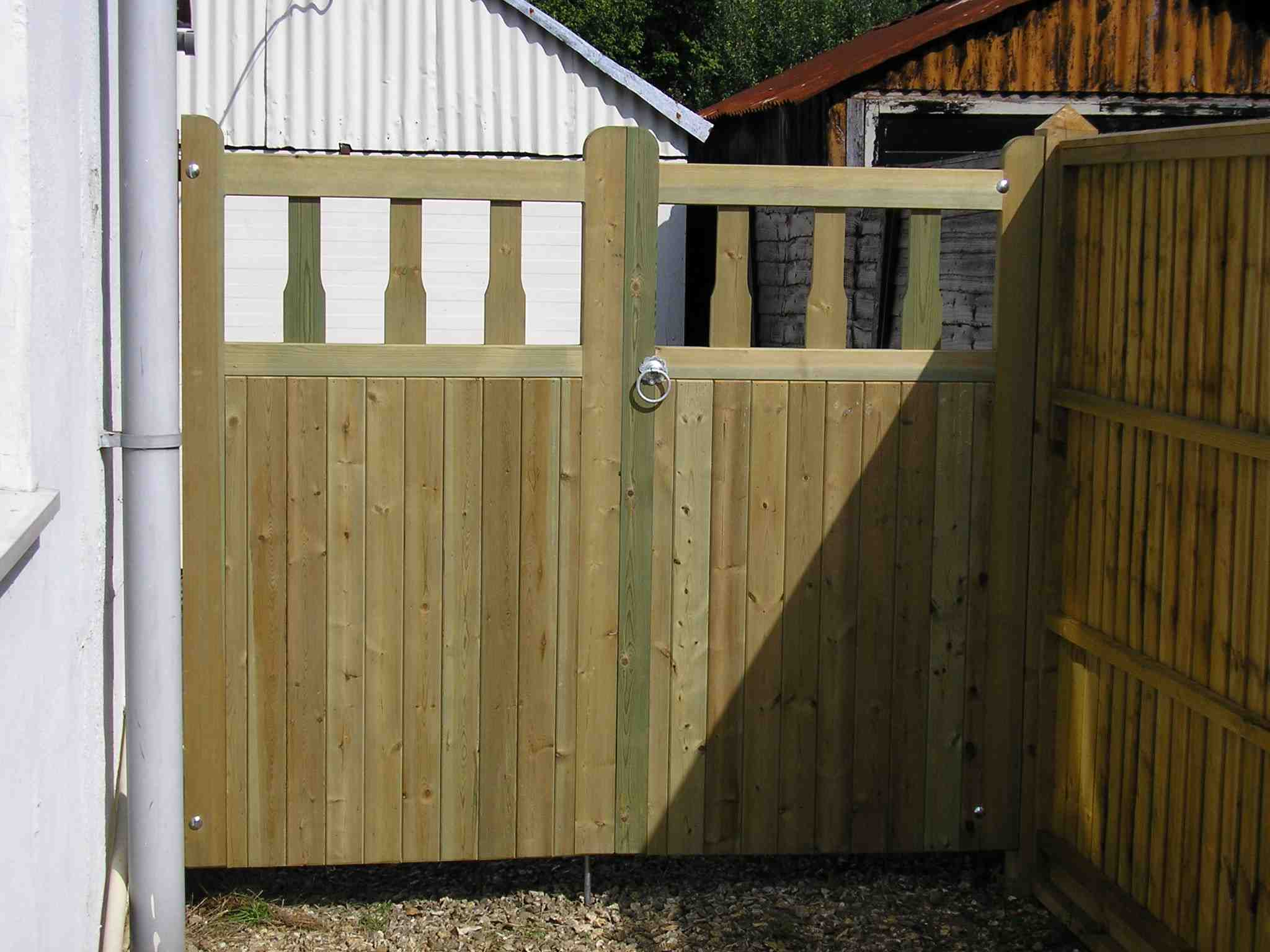 Portfolio eamples of our new fencing and gates company service in Derby 6