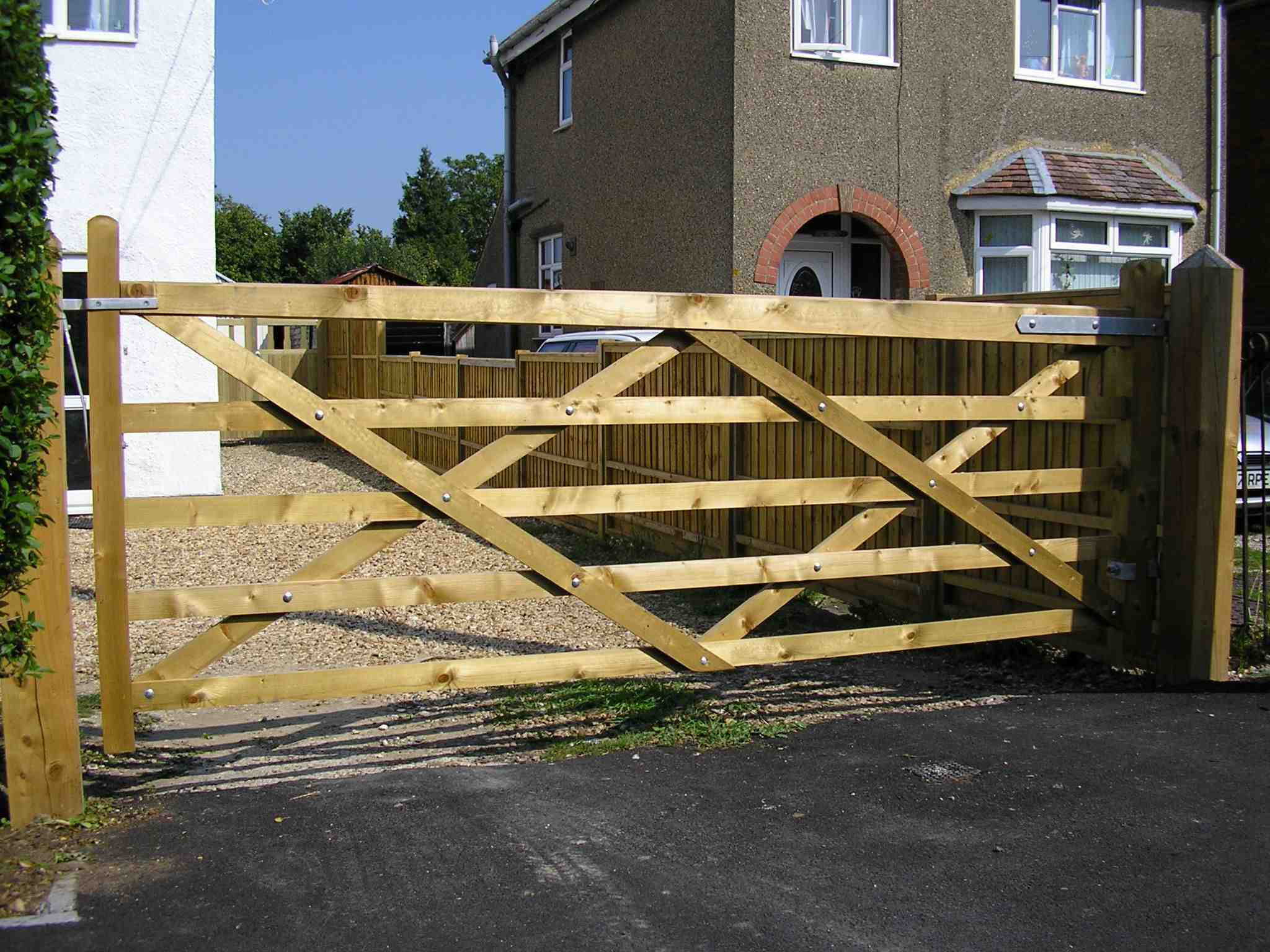 Portfolio eamples of our new fencing and gates company service in Derby 7