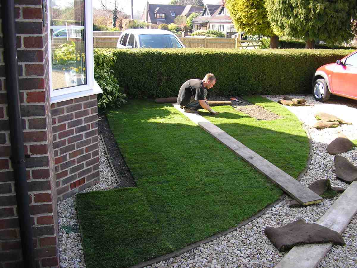gallery turfing derby 3